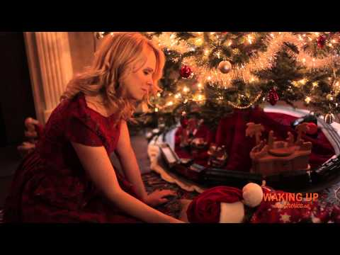 """Tajci and Blais in """"Christmas Eve"""" episode"""